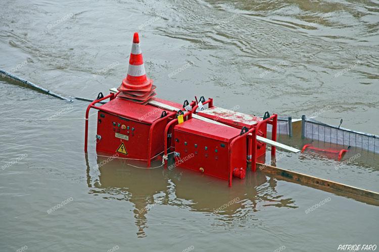 inondation tableau électrique de chantier