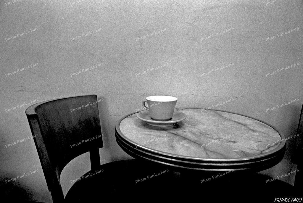 café noir et blanc - Photo Patrice Faro