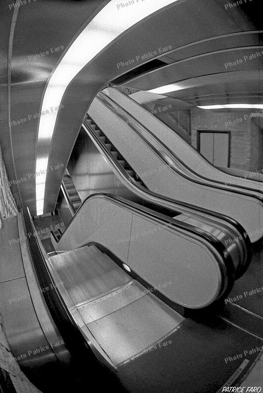 escalators - Photo Patrice Faro