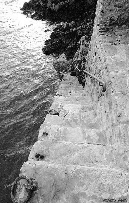 escalier bord de mer - Photo Patrice Faro