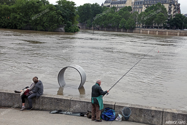 inondation paris juin 2016 en r gion parisienne photos crue de la seine photos patrice faro. Black Bedroom Furniture Sets. Home Design Ideas