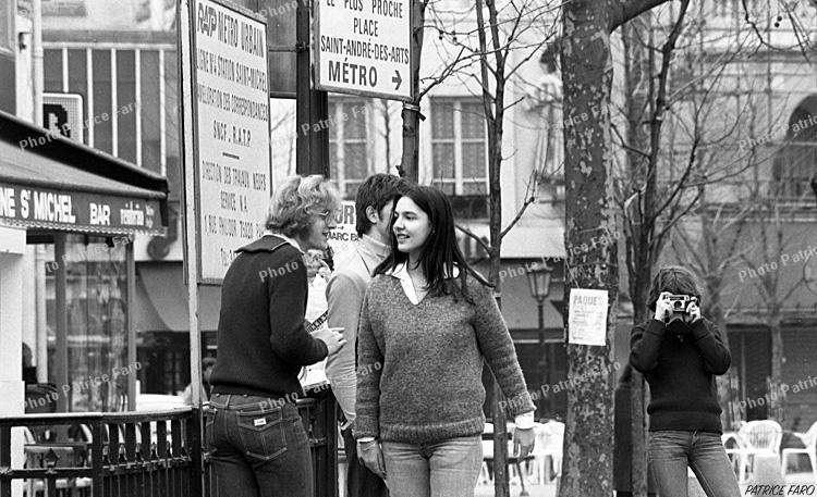 jeunesse à Paris noir et blanc - Photo Patrice Faro
