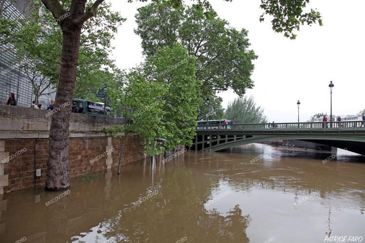 la Seine déborde en région parisienne