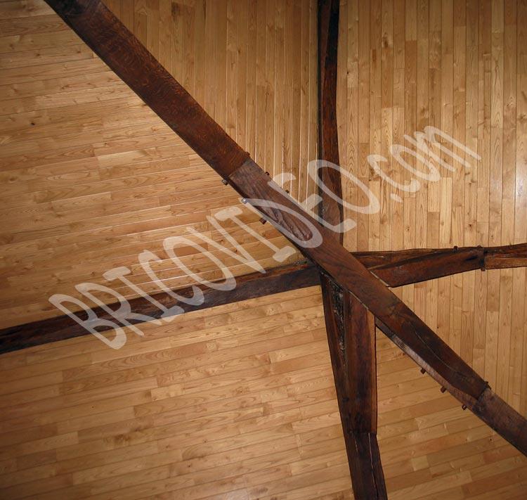 r nover un plafond avec mat riau qui fasse ancien quel mat riau choisir pour un plafond. Black Bedroom Furniture Sets. Home Design Ideas