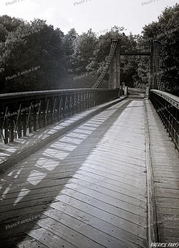 pont suspendu Le Bono - Photo Patrice Faro