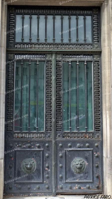 porte métallique ancienne - Photo Patrice Faro