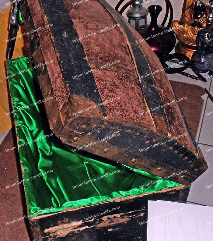 R nover une ancienne malle de voyage en bois conseils des bricoleurs r nova - Renover une vieille malle ...